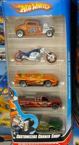 File:HW 5pack Customizer Corner Shop.jpg