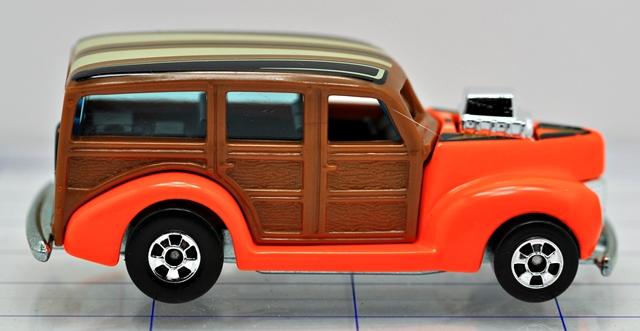 File:40-woody-orange-hw.JPG