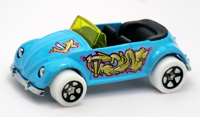 File:Volkswagen Beetle Convertible-2013 040 Light Blue.jpg