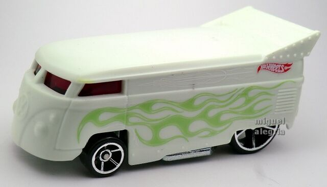 File:Volkswagen Drag Bus-2014 Color Shifters (Warm).jpg
