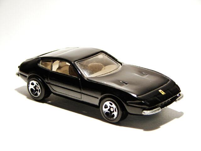 File:Ferrari 365 GTB4 11.JPG