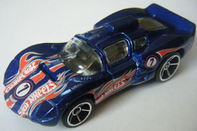 File:Chaparral 2D - Race Team 08.jpg