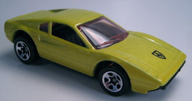 File:Ferrari 308 GTB yellow pearl 5-pack car 1997.JPG