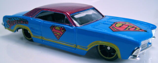 File:'64 riviera buick superman kroger 2013.JPG