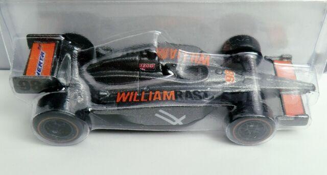 File:IZOD IndyCar Series-2012.W8335.jpg