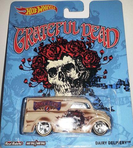 File:2014-Grateful Dead-Dairy Delivery.jpg