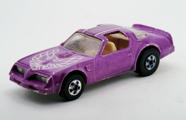 File:Hot Bird-1988 Color Racer.jpg