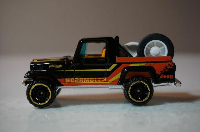 File:2014-Jeep-Scrambler-Black.jpg