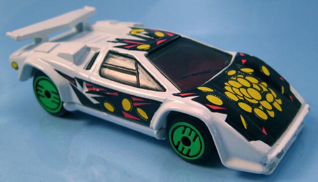 File:Lamborghini Countach revealers white.JPG