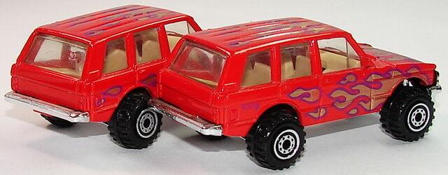 File:Range Rover FThW.JPG