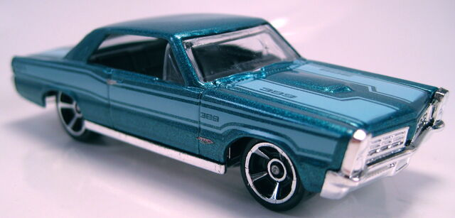 File:65 Pontiac GTO 2012 Walmart Mystery Model.JPG
