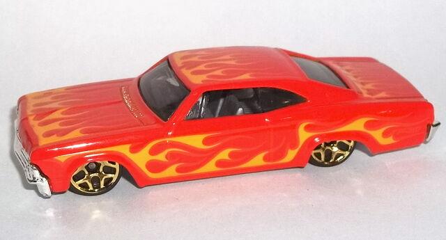 File:2013-Sunburnerz-'65 Chevy Impala.jpg