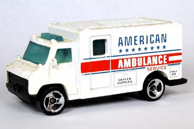 File:American Ambulance - 6063df.jpg