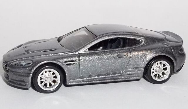 File:HW-2014-Retro Entertainment-Aston Martin BDS.jpg