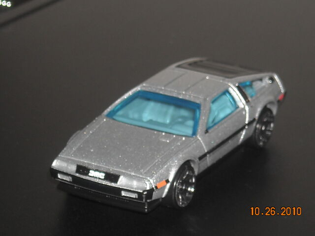 File:HOT WHEELS '81 DeLorean DMC-12.JPG