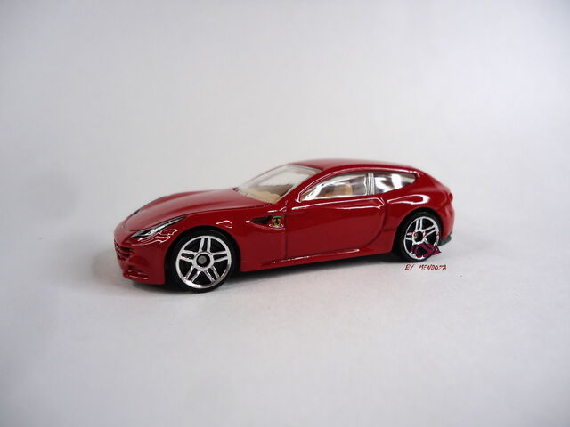 File:Ferrari FF By Alex Mendoza.jpg