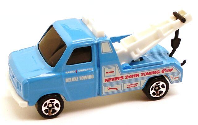 File:FordTransitWrecker blue.JPG