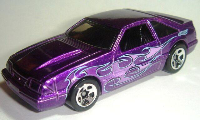File:HW '92 Ford Mustang.JPG