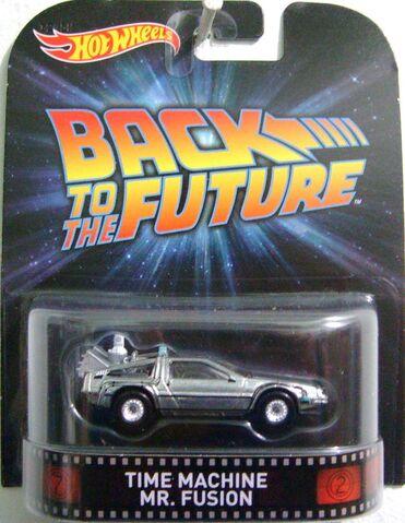 File:Time machine mr fusion retro.JPG