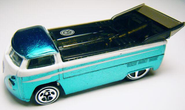 File:VW Drag Truck - Classics 2 Ice Aqua.jpg