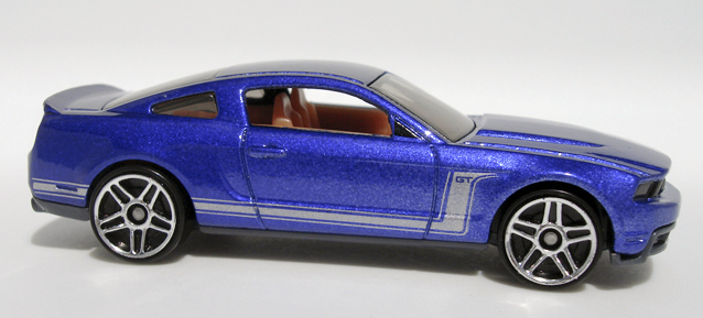 File:2010 Mustang GT - Mustang Mania.jpg
