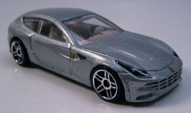 File:Ferrari FF silver right.JPG