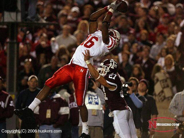 File:Purify-touchdown-aggies.jpg