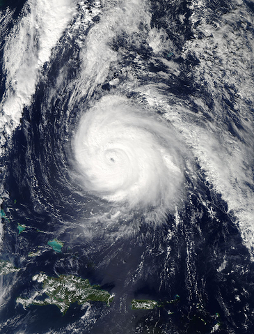 File:Gonzalo Oct 16 2014 1745Z.png