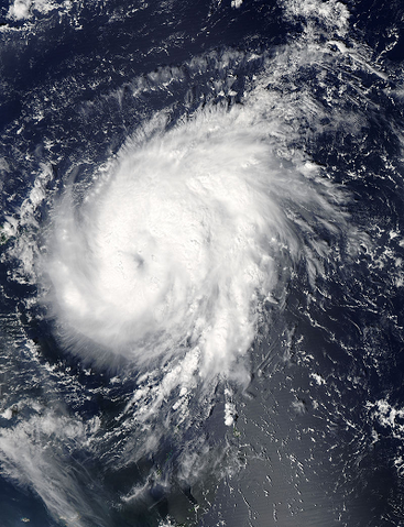 File:Gonzalo Oct 13 2014 1710Z.png