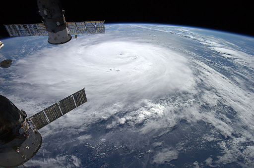 File:Hurricane Gonzalo Viewed From the International Space Station.png