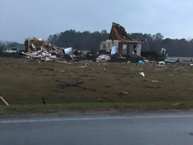 File:EF3-4 tornado damage in GA.png