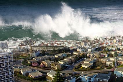 File:Tsunami (9).png