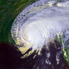 Hurricane Georges 28 sept 1998 2043Z