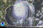 NOAA-Hurricane-Katrina-Aug28-05-2145UTC.jpg