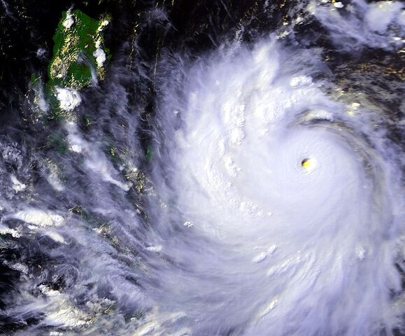 File:Typhoon Koryn 24 jun 1993 0744Z.jpg