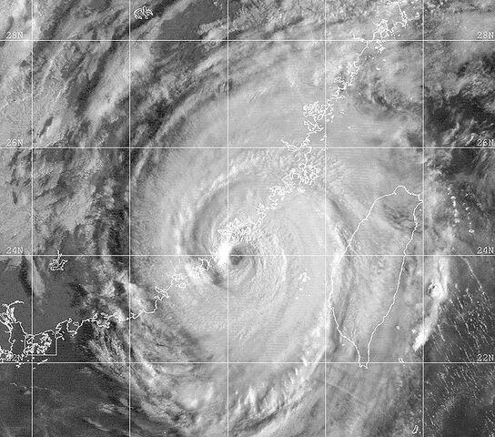File:Typhoon Dan 1999.jpg