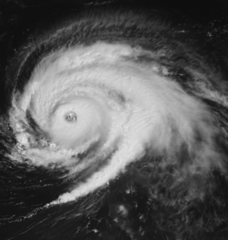 File:Hurricane Luis on September 6 1995.png