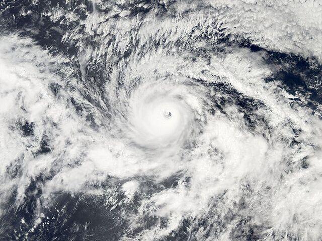 File:Hurricane Kenneth on September 18 2005.jpg