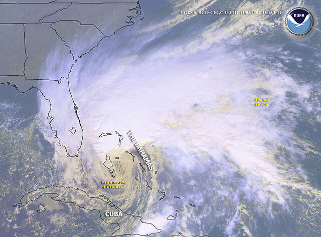 File:Hurricane Michelle 5 Nov 2001 1515z.jpg