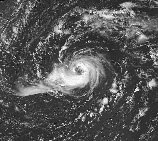 File:Hurricane Vince eye 2005.jpg