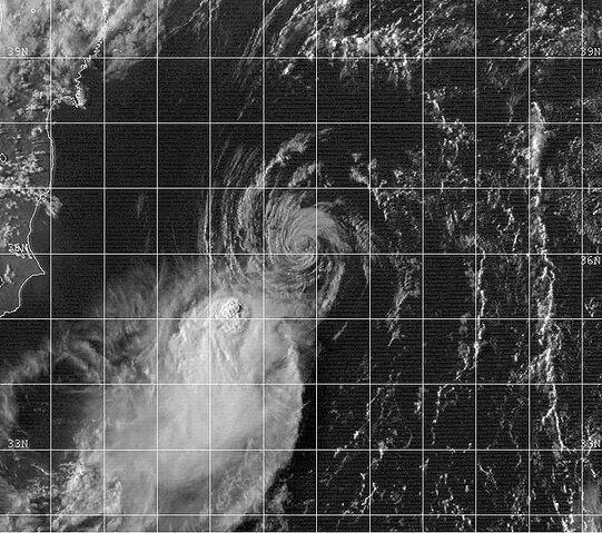 File:Tropical Depression 18W 1999.jpg