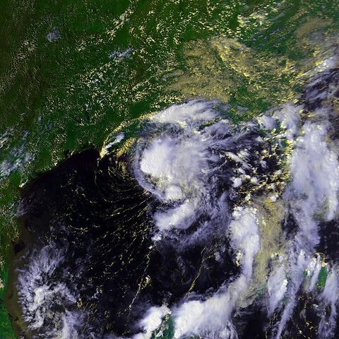 File:Tropical Storm Hermine 19 sept 1998 2041Z.jpg