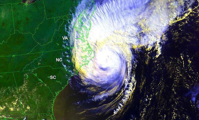 File:Hurricane Dennis (1999).jpg