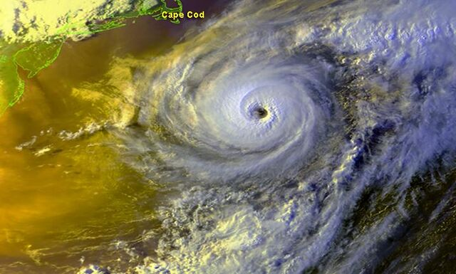 File:Hurricane Alex- Strengthening.jpg
