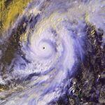 Typhoon Damrey 09 may 2000 0530Z.jpg