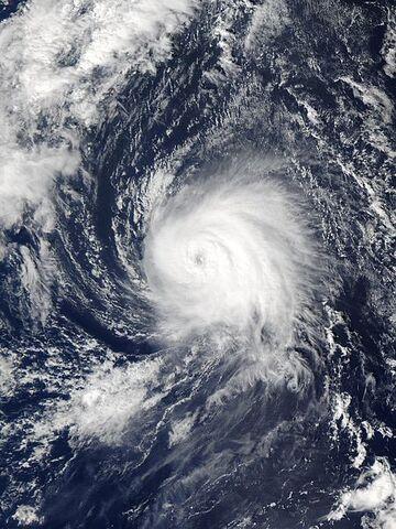 File:Hurricane Kate 05 oct 2003 1635Z.jpg