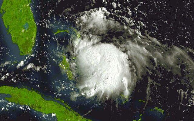 File:TS Katrina 24 aug 2005 1315Z.jpg