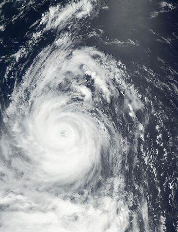 File:Typhoon Chataan 08 july 2002 0400Z.jpg