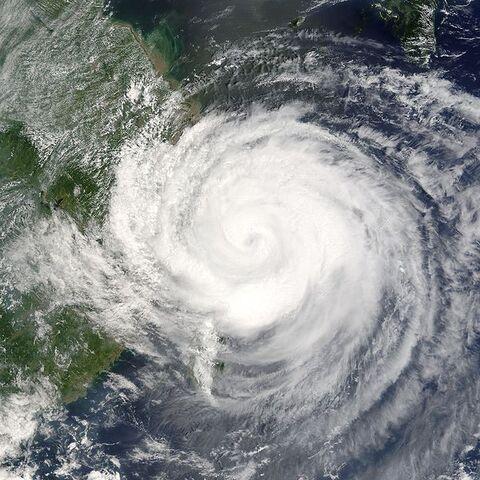 File:Typhoon Rananim 2004.jpg