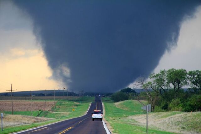 File:April 14, 2012 Marquette, Kansas EF4 tornado.JPG